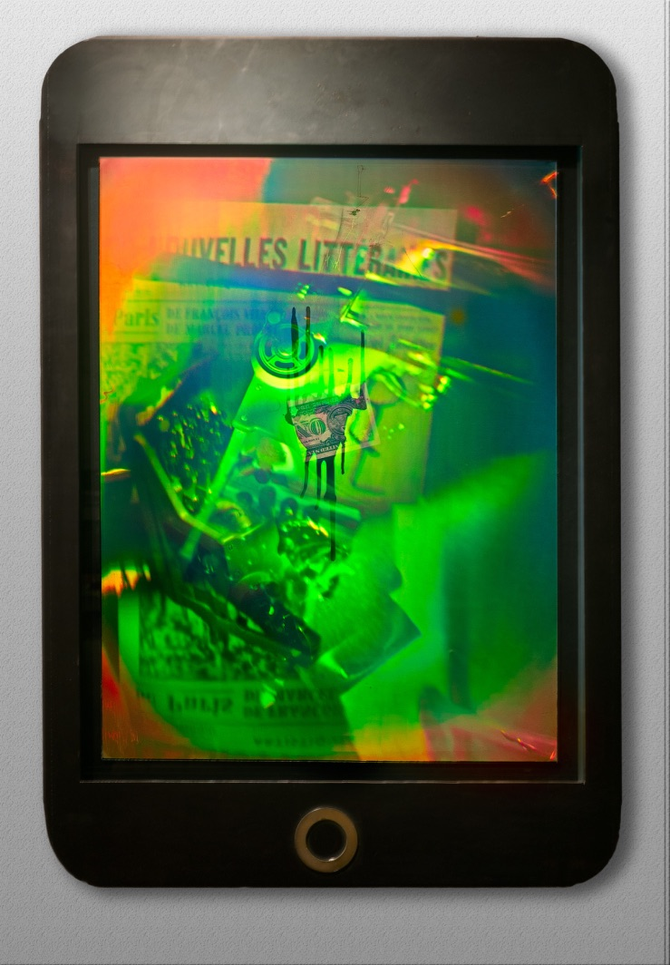 Dora Tass Hologram Screen media archeology