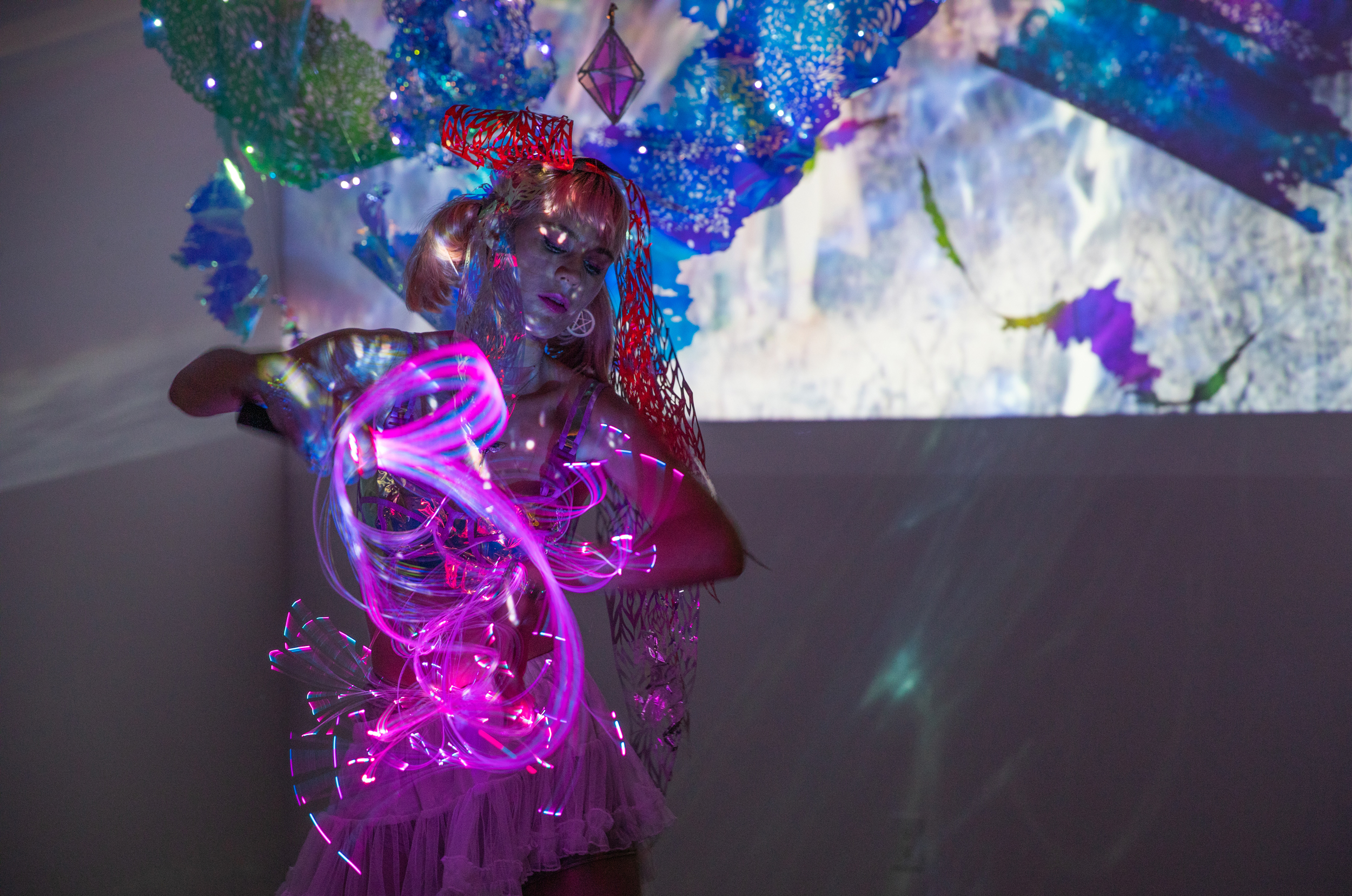 Oracle performace by Julia Sinelnikova at Space Light Holocenter Plaxall Gallery