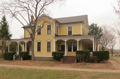 Nolan Park House 19B